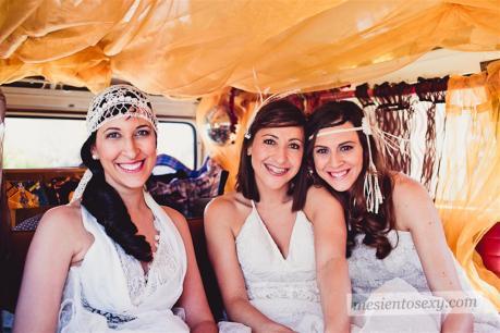 el sofa amarillo caravana antigua para boda (8)