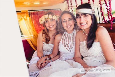 el sofa amarillo caravana antigua para boda (9)