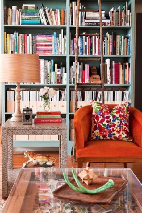 el sofá amarillo estanterías grandes (9)