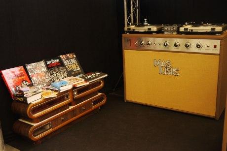 el sofa amarillo - mas music - dj coruña (2)