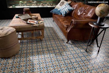el sofá amarillo baldosas y suelos hidráulicos (12)